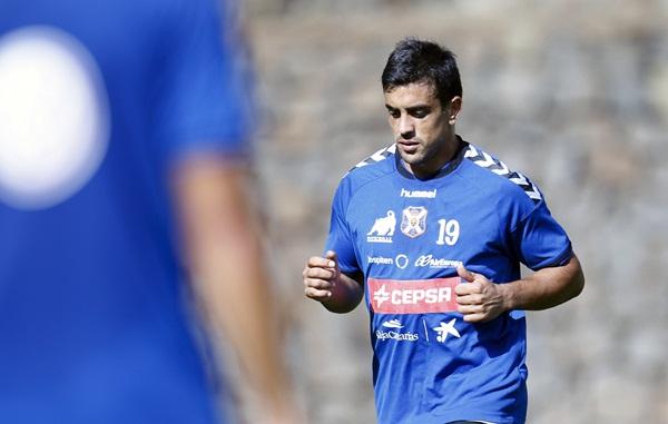 27.10.2014 Diego Ifrán marcó para el Tenerife en el triunfo ante ...